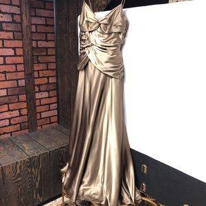 Jessica McClintock Green/Gold Spaghetti Strap Gown